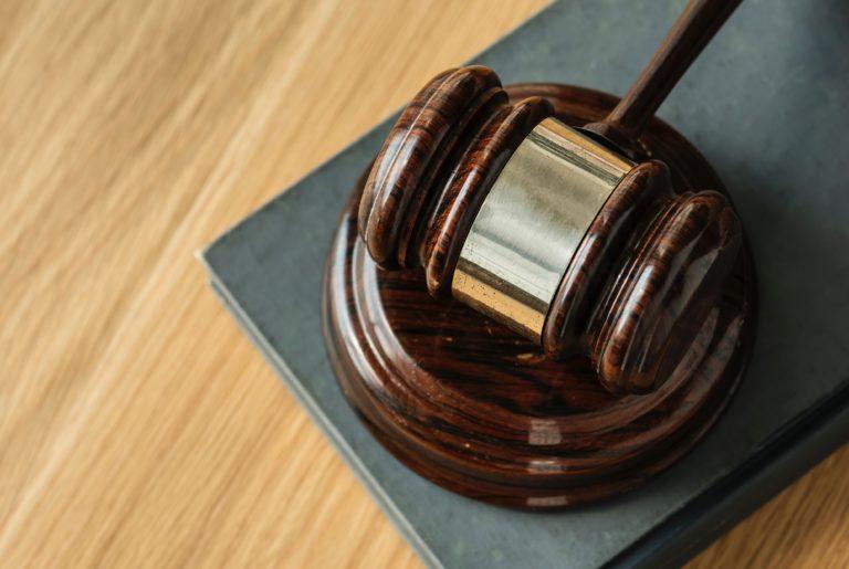 Blockchain rewolucjonizuje sądownictwo