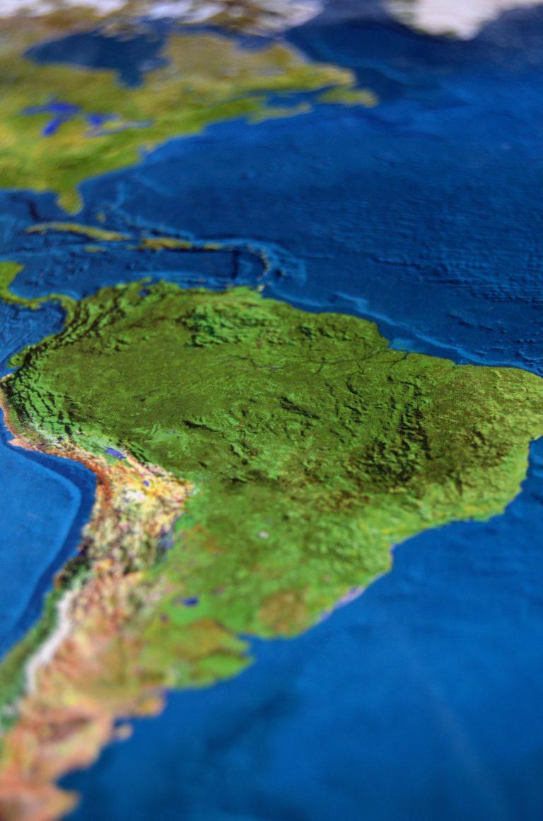 Blockchain zakończy kryzysy w Ameryce Południowej